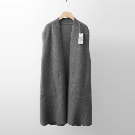Hoega Raccoon Wool Knit Vest