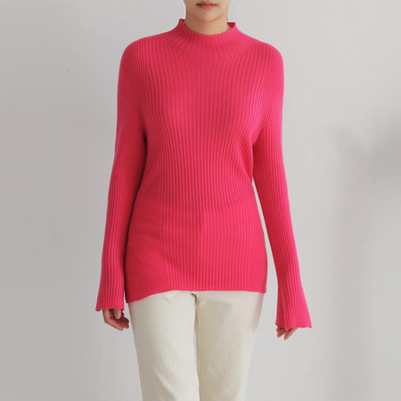 Hoega Wool Bell Sweater